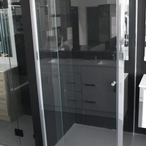 Semi-frameless Pivot Door Shower Screen
